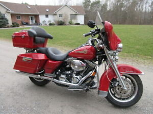 "2005 Harley Davidson ""Firefighter Special Edition"" Road King FLH"