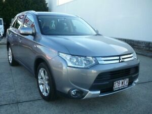 2014 Mitsubishi Outlander ZJ MY14 ES (4x4) Grey Continuous Variable Wagon Rothwell Redcliffe Area Preview