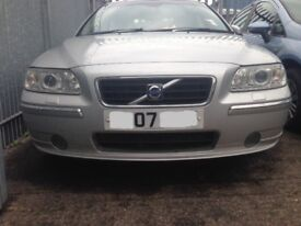 VOLVO S60 LUX SE T A 2007 BREAKING FOR SPARES