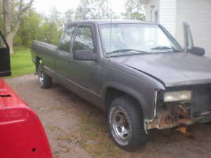 Parting Out 1997 Chev 1/2 Ton