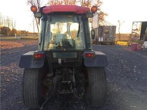 Kubota L-3710 Tractor / Tracteur 4x4 Cornwall Ontario image 4