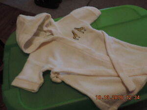 Unisex & Girl's Size 18 month Robes London Ontario image 2