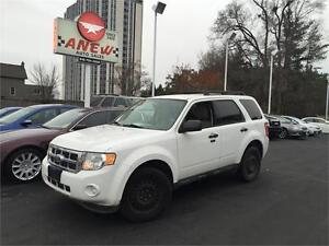 2012 FORD ESCAPE- CLEAN CAPROOF -NO ACCIDENTS