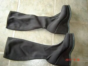 Size 39 ..Stretchy cloth material boot
