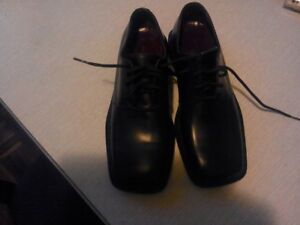 Kenneth Cole-ny-men's leather shoes-sz.7.5--eur-40(New)
