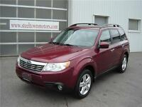 2010 Subaru Forester X Limited AWD  Panoramic Roof  Leather