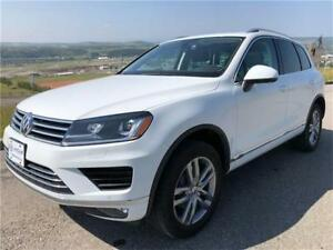 2015 Volkswagen Touareg TDI Diesel **Only 53,022km** LOADED