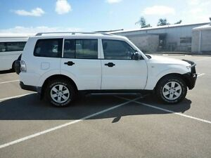 2007 Mitsubishi Pajero NS GLX White 5 Speed Manual Wagon Garbutt Townsville City Preview