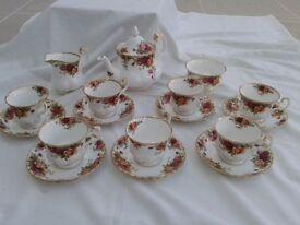 Royal Albert Old Country Roses 17 piece tea set
