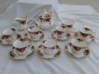 Royal Albert Old Country Roses 17 piece tea set