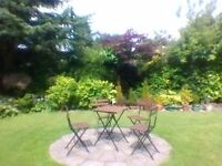 Patio picnic table and 4 chairs