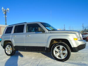 2011 JEEP PATRIOT 4WD 4DR NORTH EDITION-NAVI-HEATED SEATS