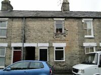 ** Unfurnished One Bedroom Ground Floor Flat in a Central Location**