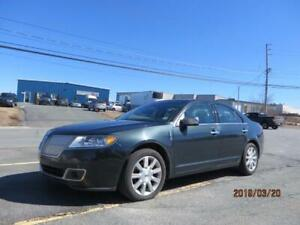 LOW MILEAGE! 2010 Lincoln MKZ AWD! NAVIGATION! SUNROOF