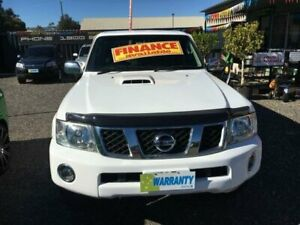 2011 Nissan Patrol MY11 Upgrade ST (4x4) White 5 Speed Manual Coil Cab Chassis Elizabeth West Playford Area Preview