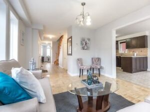 GORGEOUS 4+1Bedroom Detached House @BRAMPTON $879,000 ONLY