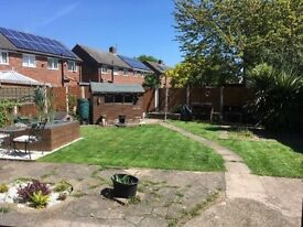 Spacious 3 bedroom house for let