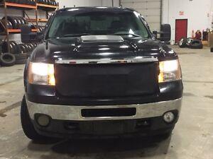 2011 GMC Sierra 2500 SLT Pickup Truck