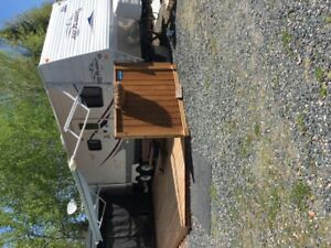 Jayco 32BHDS with seasonal site Minaki, Ontario