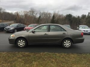 2003 Toyota Camry LE - works great!