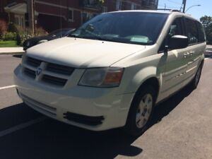2008 DODGE GRAND CARAVAN SE * STOW'N GO * 514-961-9094