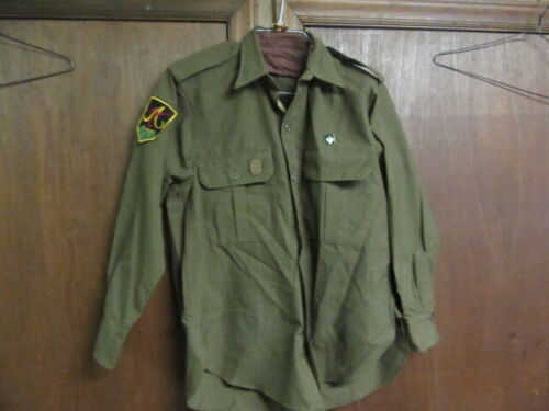 Ukraine Scouts in Exile Scout Leader Shirt, With Pin, Patch, & Woggle  eb16