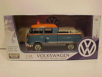 VW Bus Type 2 Volkswagen T1 Pickup Diecast 1:24 Motormax 8 inch Blue Tow Truck ()