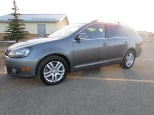 2011 Volkswagen Golf Wagon **TDI**