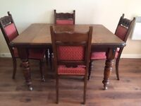 Antique Victorian (1837 - 1900) Mahogany Extending Dining Table