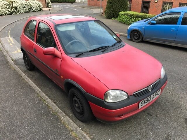 vauxhall corsa breeze 1 0 red 1998 in westerham kent gumtree. Black Bedroom Furniture Sets. Home Design Ideas
