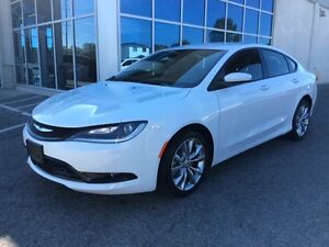 2016 Chrysler 200 S | Demo | Heated Seats/Wheel | Remote Start |