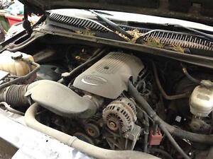 99-02 Silverado Sierra 2500HD and 1500 Interior - Exterior Parts Peterborough Peterborough Area image 5