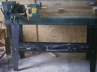 Wood lathe CRAFTEX model B2338 14 inches by 43 inches