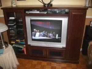 meuble TV avec TV Panasonic 32 pouces