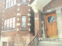 GORGEOUS AND CHARMING UPPER DUPLEX FOR RENT IN WESTMOUNT