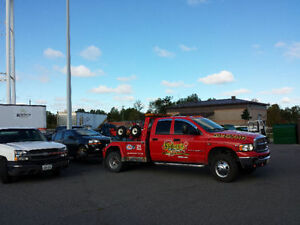 24 HOUR TOWING AND ROADSIDE ASSISTANCE SERVICE 613 229 7773 Cornwall Ontario image 3