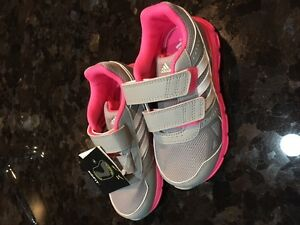Brand new size 9 Adidas toddler shoe