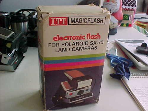 ITT Magic Flash SX70 Polaroid flash          (bx 99)