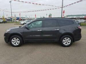 """2015 Chev Traverse LS """"WOW only $182.67 bw EVERYONE APPROVED"""""""