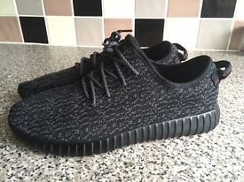 *UNWORN* UK size 9 Yeezy 350 Boost Adidas trainers shoes by Kanye West YZY