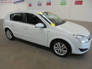 2008 Holden Astra AH MY08 CDTi White 6 Speed Manual Hatchback Wangara Wanneroo Area Preview