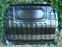 NISSAN NV200 2014 REAR CAB BULKHEAD STEEL PANEL IN VERY GOOD USED CONDITION