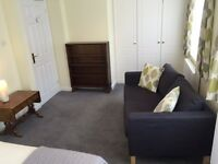 Newly refurbished 1 bed flat in Askett