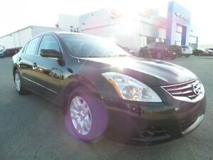 2011 Nissan Altima 2.5 S, PST paid, power options, A/C, new tire