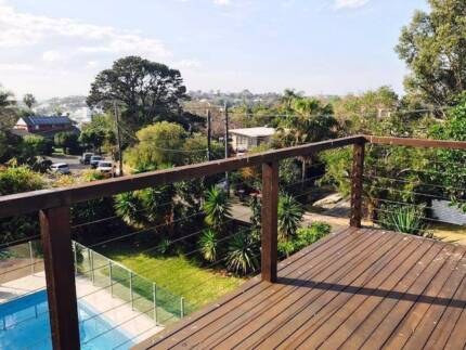 Sunny Dee Why 2 bedroom apartment - Walk to Beach/Close to buses