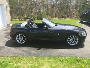FALL SPECIAL!! 2006 BMW Z4 Convertible - Black/Tan