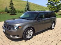 2013 Ford Flex at dealer's price - Low KM and Winter tires