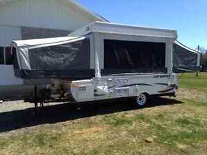 2012 Jayco Jay Series 1006 in Great Condition
