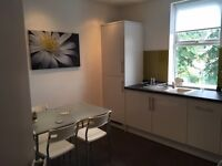 L13 All inclusive luxury room to rent in a fabulous flat