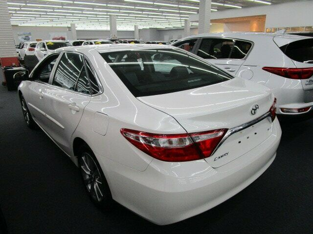 Image 6 Voiture American used Toyota Camry 2017